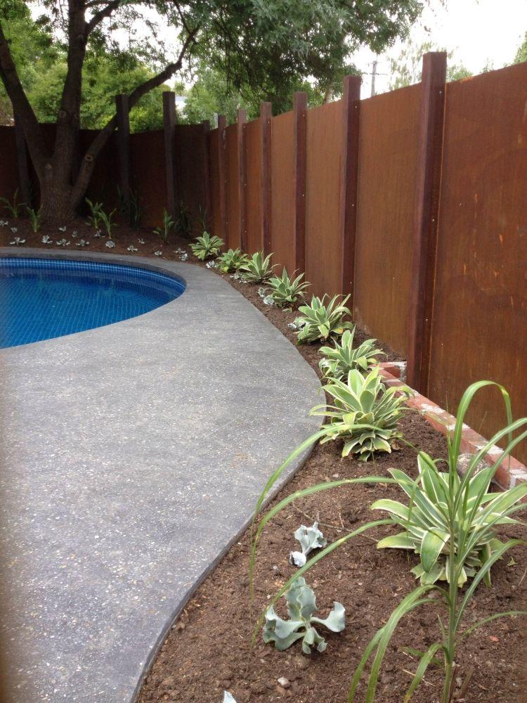 Cortenstahl Im Garten Einsatz Zaun Sichtschutz Modern Schlicht