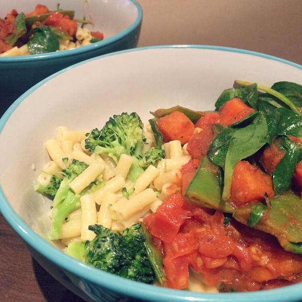 Sweet Potato and tomato based pasta sauce with extra greens (broccoli, snowpeas and spinach) teamed with cheesy macaroni. Makes one cheap and easy meal for a warm and cosy winter feed.