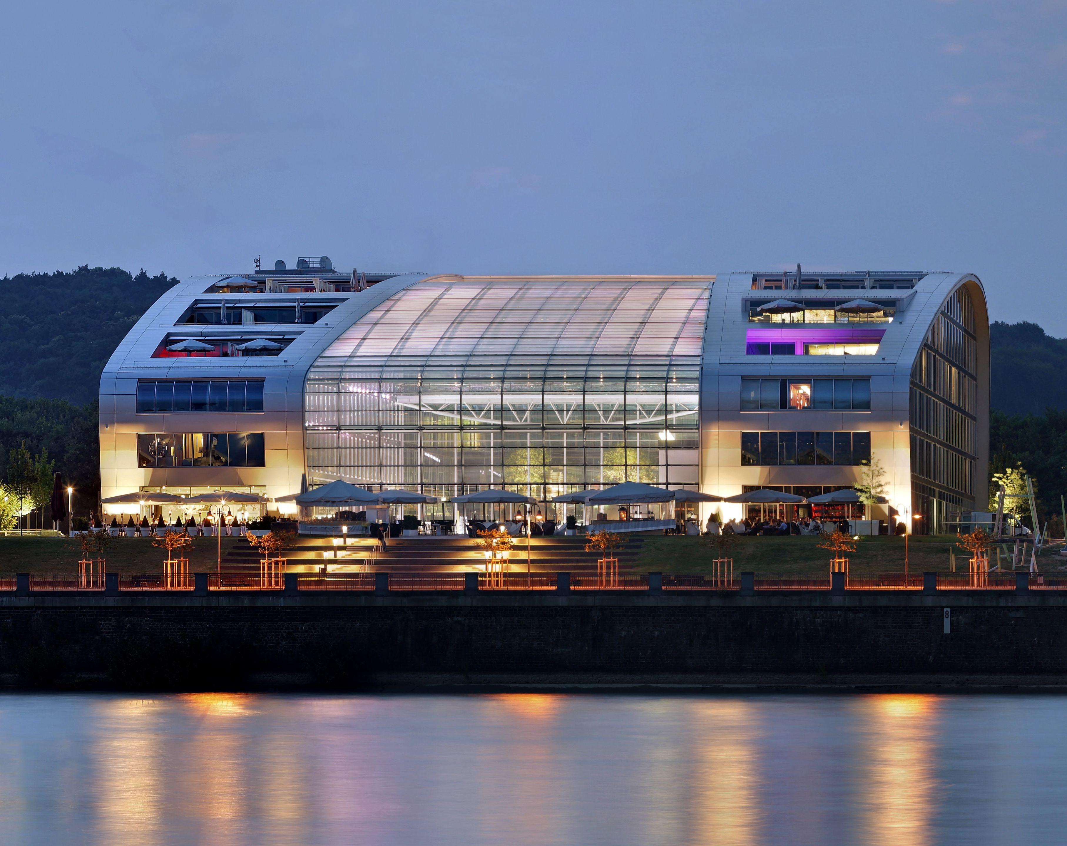 KAMEHA GRAND BONN Tauchen Sie ein in die Lifestyle Welt des Kameha Grand Bonn. Ihrem Business Hotel in Bonn