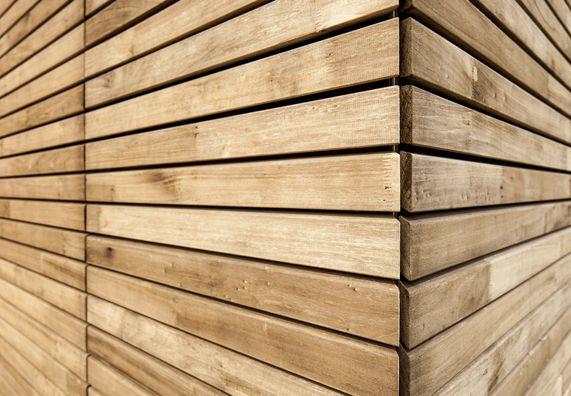 Massivholz und Vollholz für Wände und Böden bei   Wood ...