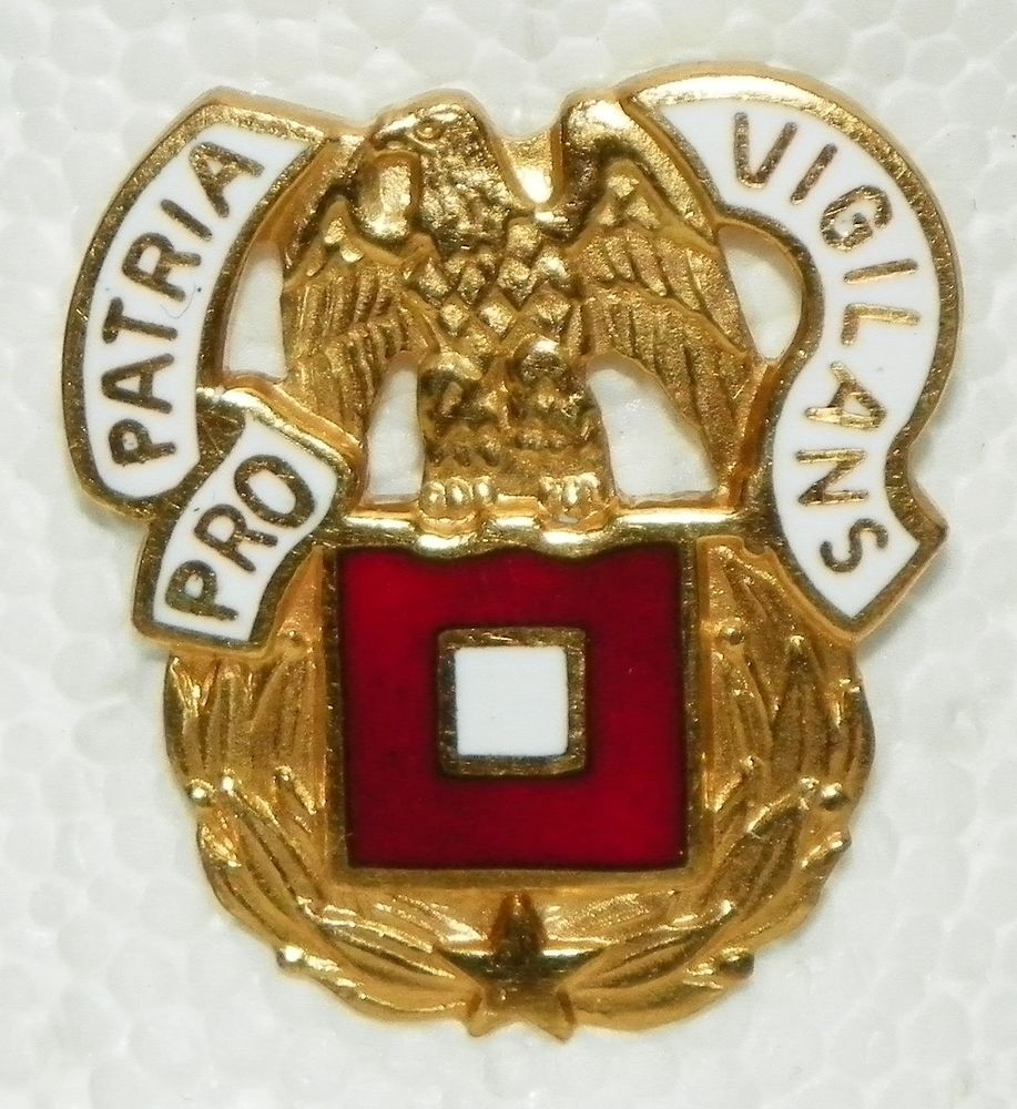 MILITARY INSIGNIA CREST DUI LAPEL PIN UNITED STATES OPERATION DESERT STORM