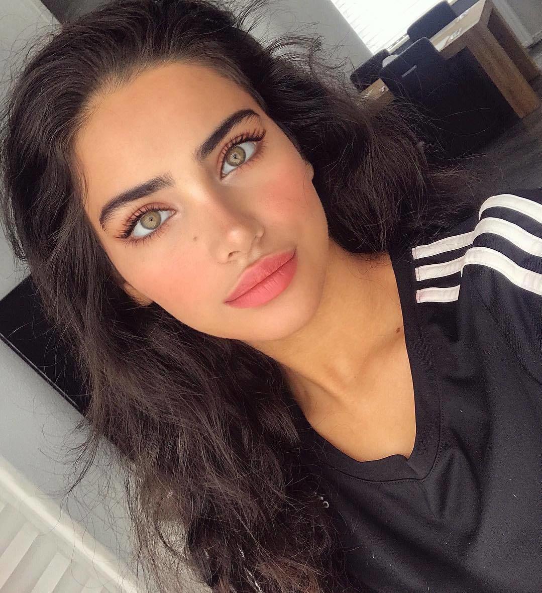 Beauty neginvaand womanslook beautiful Прически и