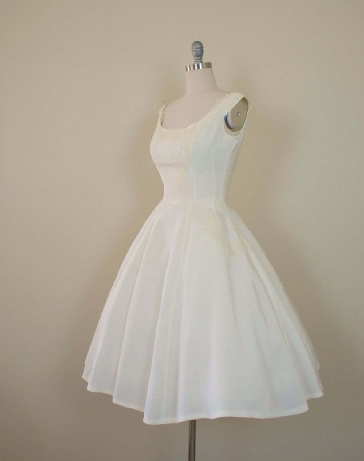 Vintage 1950s wedding dress ivory taffeta and lace short vintage 1950s wedding dress ivory taffeta and lace short wedding gown forever sciox Choice Image