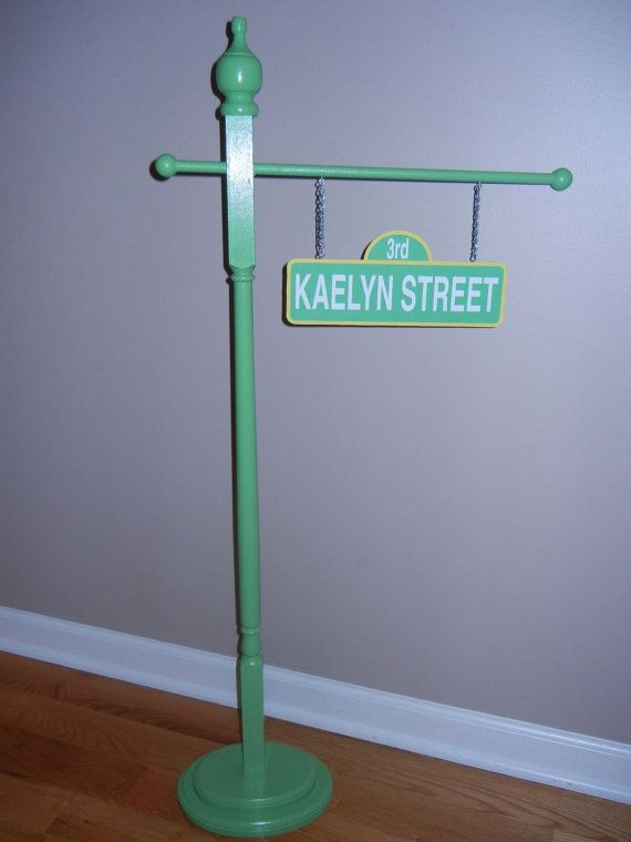 Elmo Bedroom Decorating Ideas: Personalized Sesame Street Inspired Street Sign