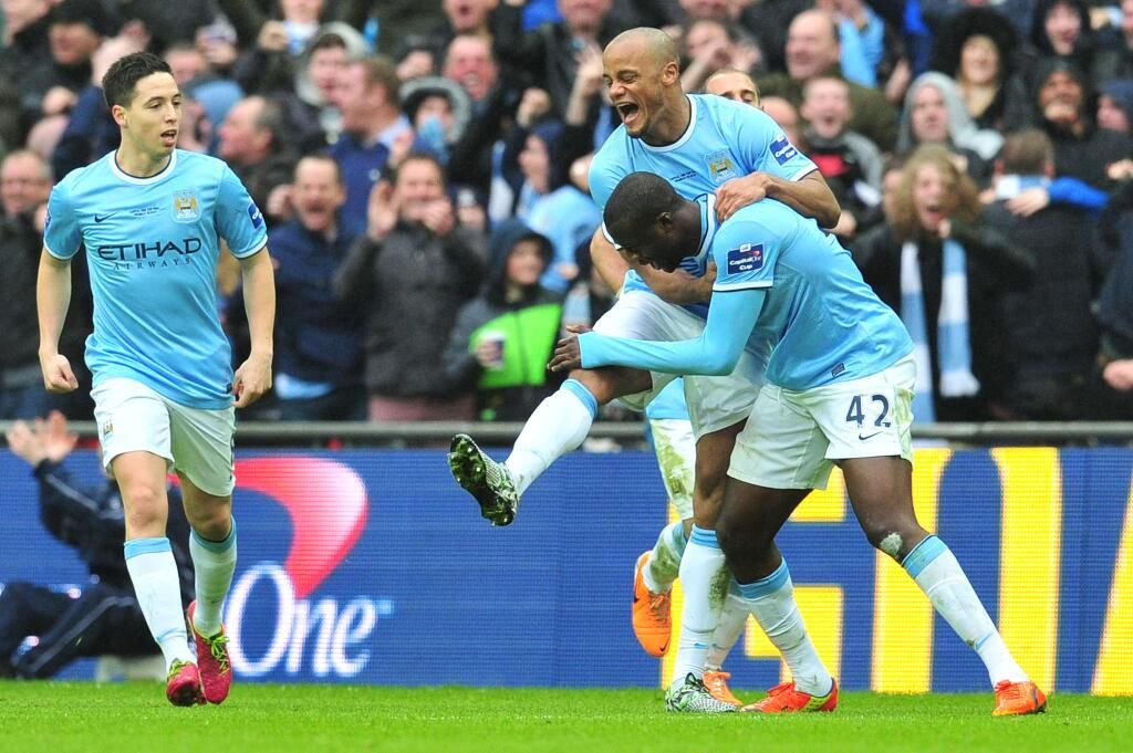 Manchester City, İngiltere Lig Kupası finalinde Sunderland'i 3-1 mağlup ederek kupayı müzesine götürdü.