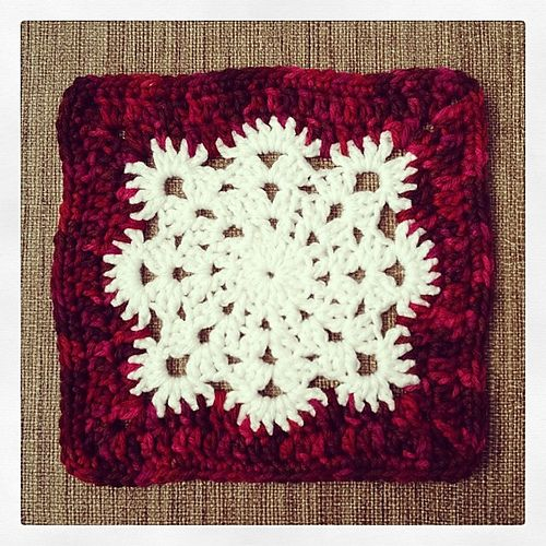 Ravelry: Project Gallery for Woolly's Snowflake Square pattern by Letitia Sherriff