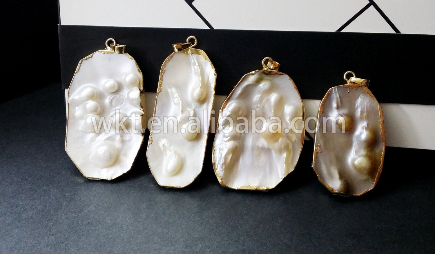 Wt p173 wholesale natural mother of pearl jewelrypendantvintage descubre ideas sobre madreperla aloadofball Image collections