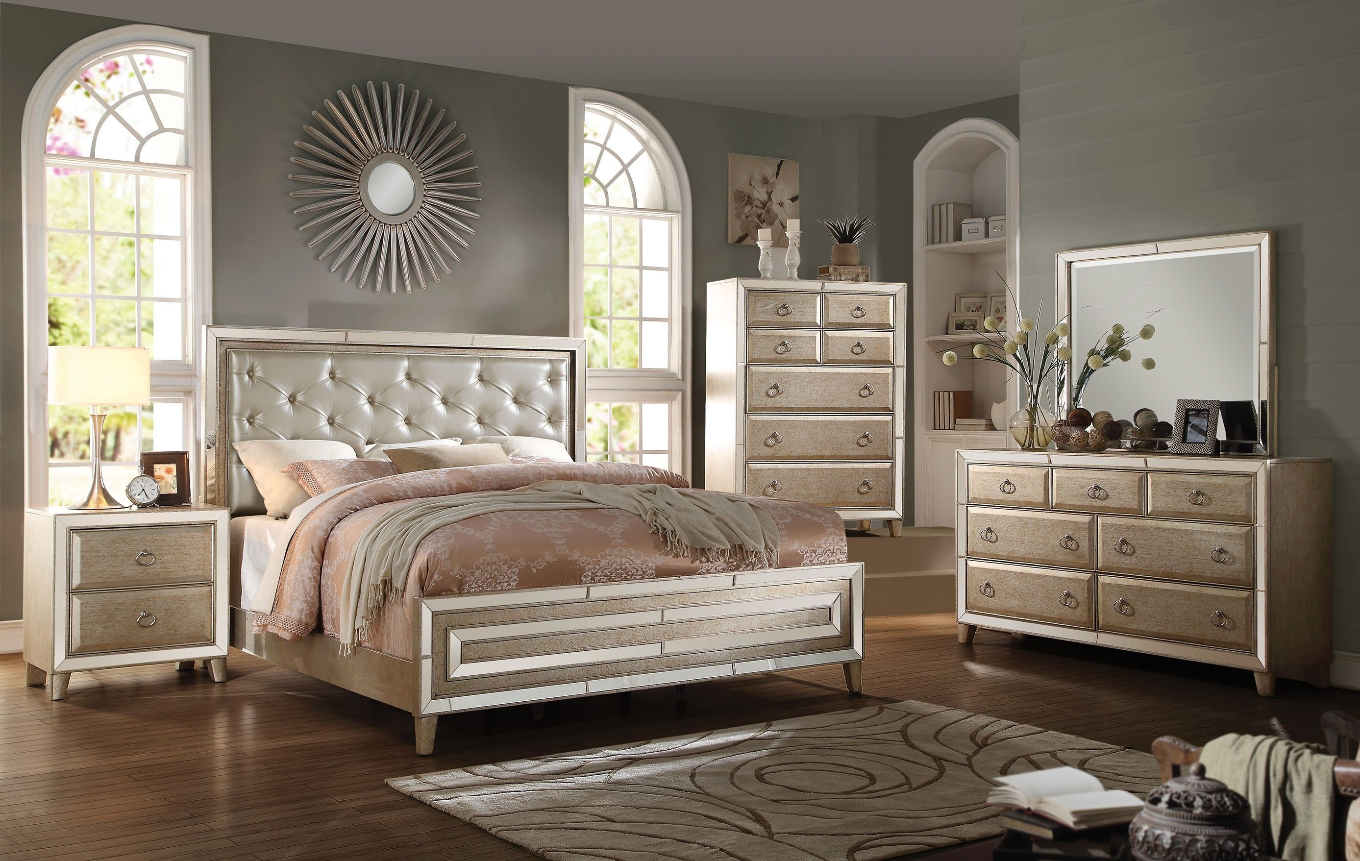Acme 20994ck Voeville 4pcs Antique White Cal King Bedroom Set