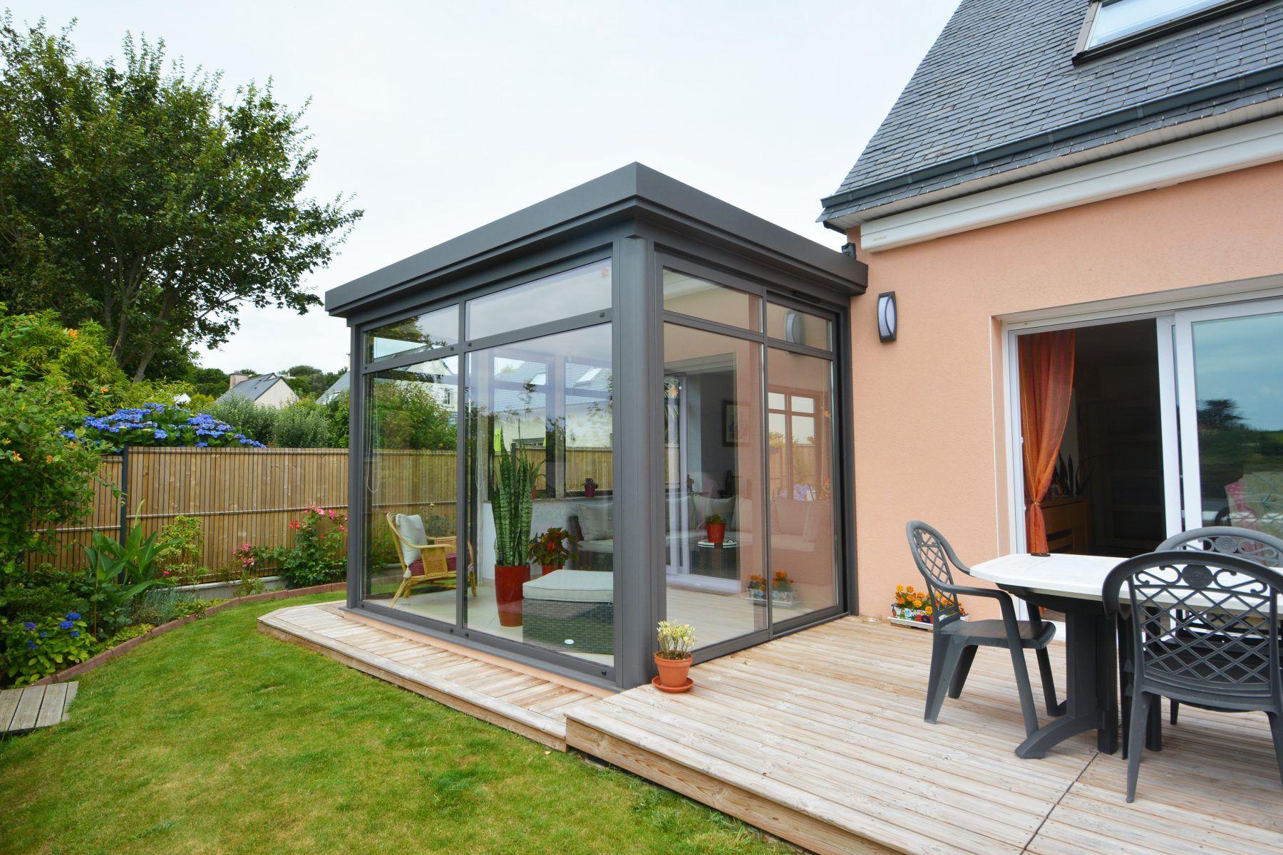 Veranda moderne et classique est idéal pour l'agrandissement maison   Toiture veranda, Veranda ...