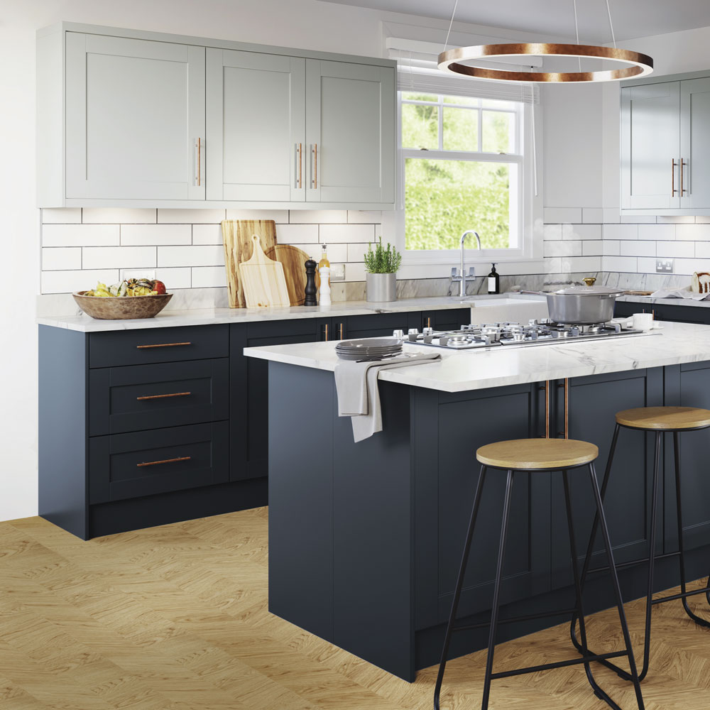 Navy Kitchen Ideas Navy Blue Kitchens That Look Cool And Stylish In 2020 Navy Kitchen Kitchen Decor Inspiration Navy Blue Kitchen