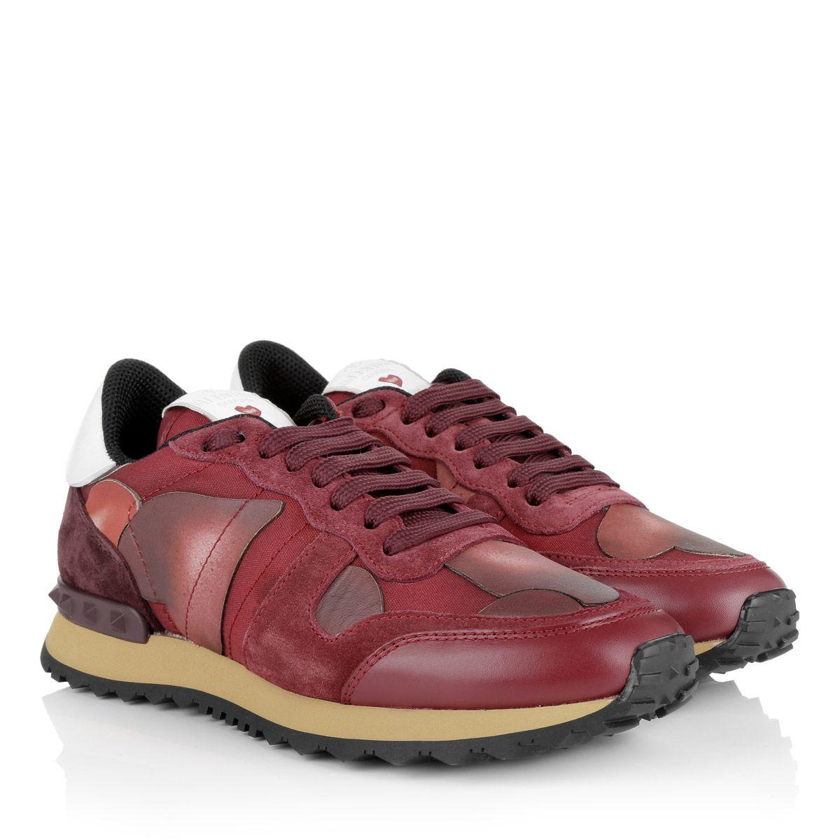 'Valentino Camuamour Sneaker' in bordeaux red! <3 Fashionette.de