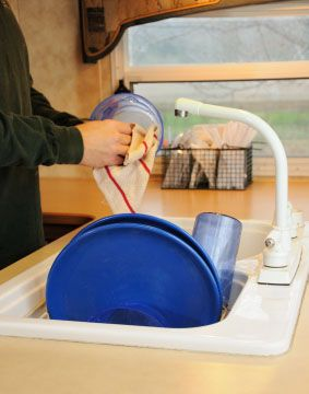 How to keep your RV fresh water tank clean... get the tips!