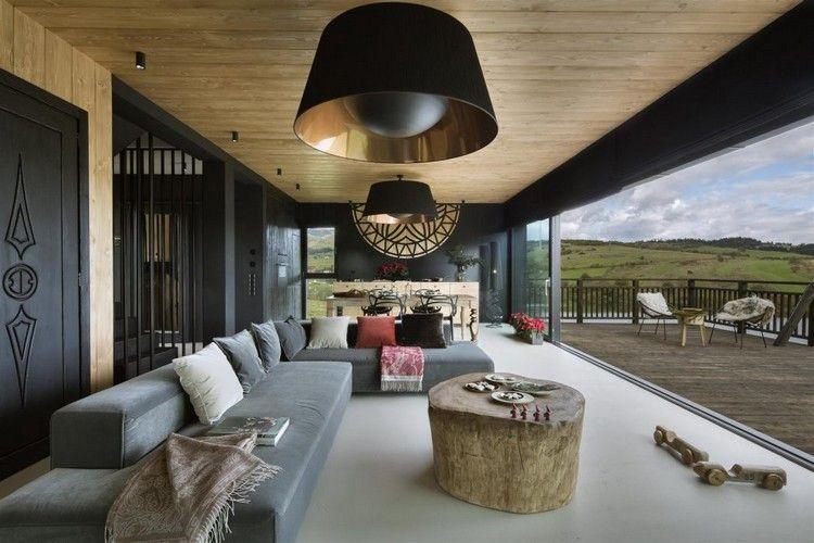 Modernes Wohnzimmer Mit Rustikalen Elementen Bei Der Einrichtung