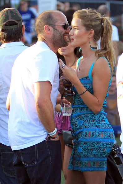 This couple always looks good together -E- Jason Statham and Rosie Huntington-Whiteley.