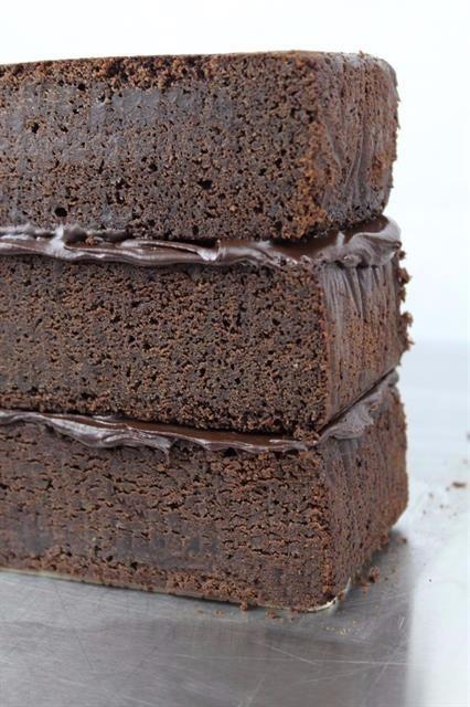 Bolo Denso Rico De Chocolate Receita Com Imagens