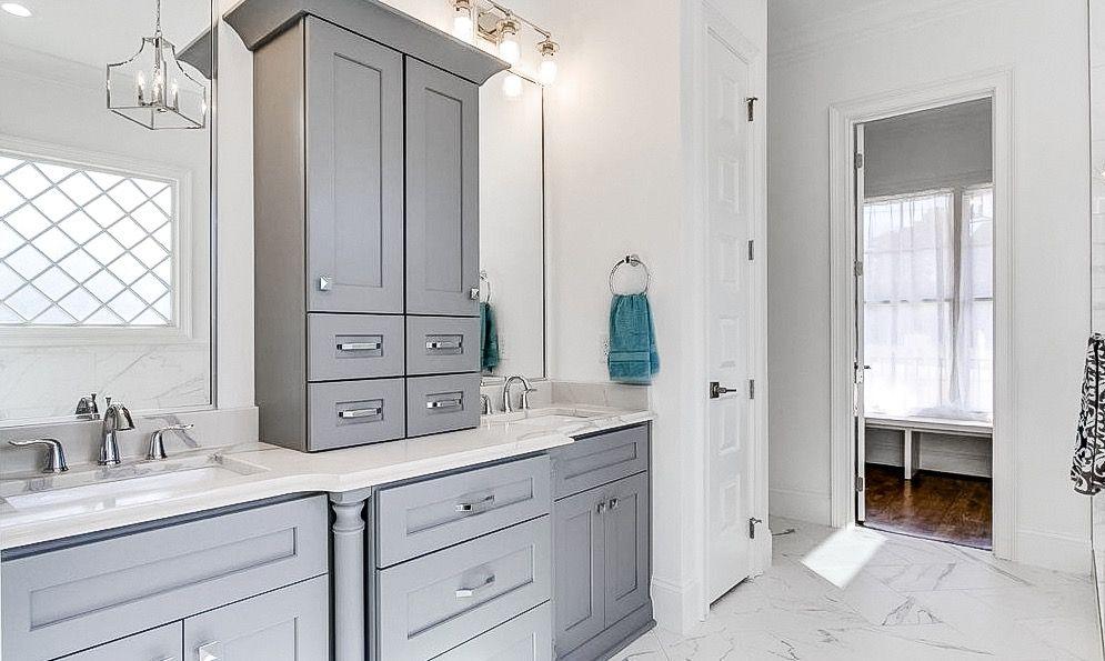 this custom designed vanity makes this master bathroom on custom bathroom vanity plans id=62499