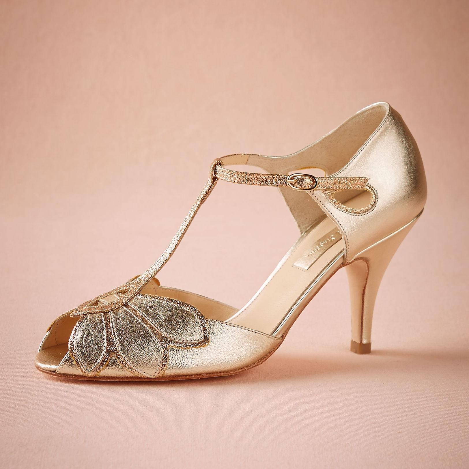 Vintage Gold Wedding Shoes Women Pumps Kitten Heel T Straps Buckle Closure Leather Party Dance 3 High Heels Women Sandals Cus Sapatos Acessorios Danca De Salao