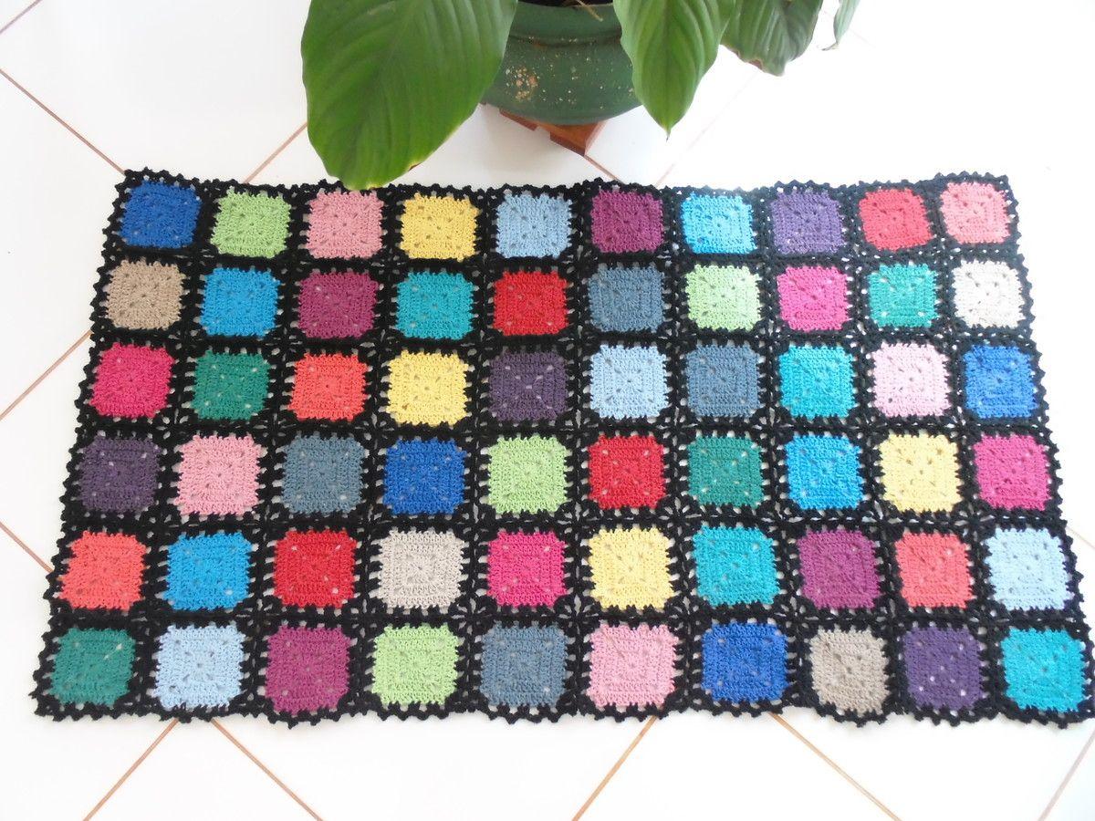 Tapete com quadrados coloridos