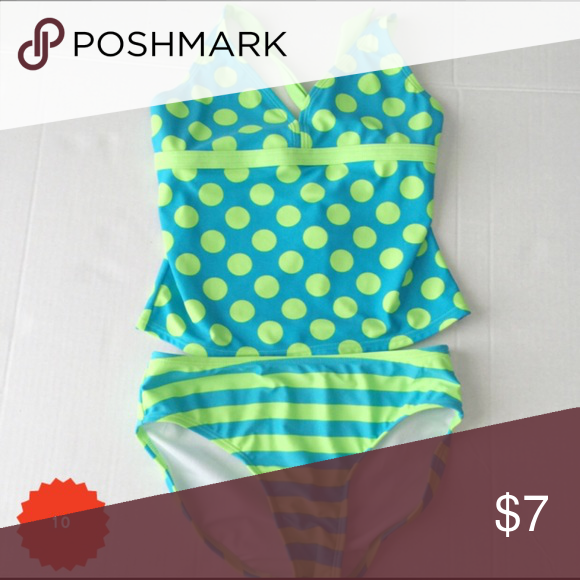Exhilarations swimsuit EUC... washed and never worn. Picky daughter decided she didn't like it, Swim Bikinis