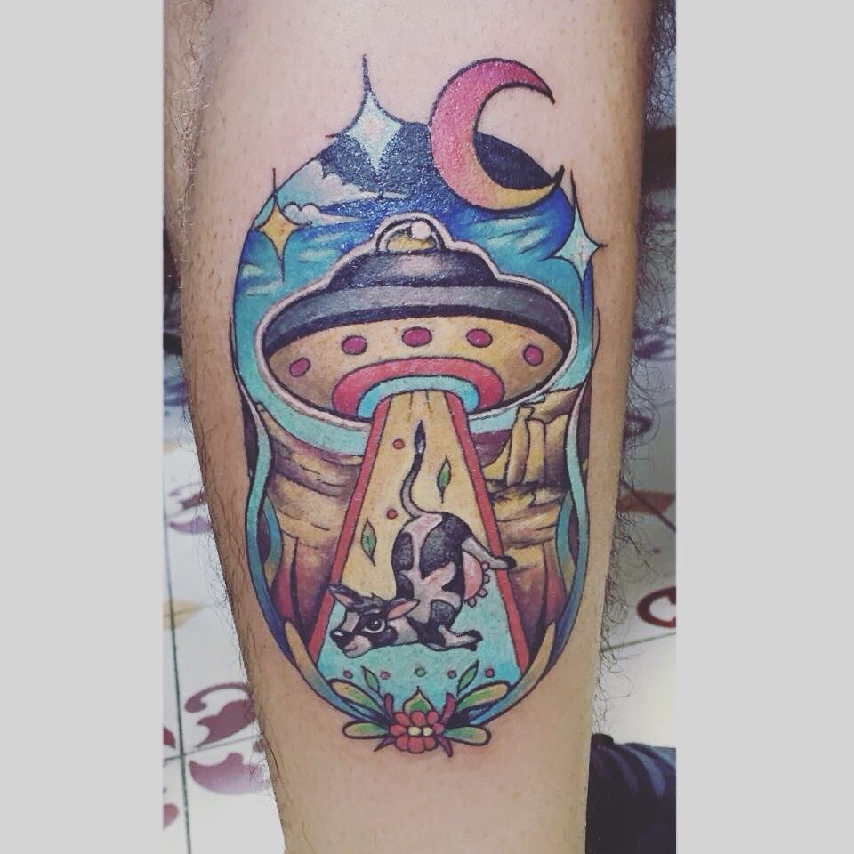TATTOO COW UFO