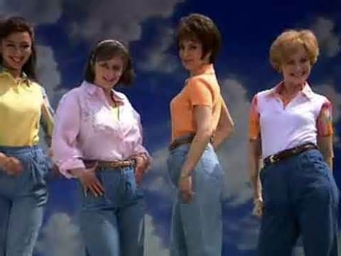 Fashion don't...mom jeans.