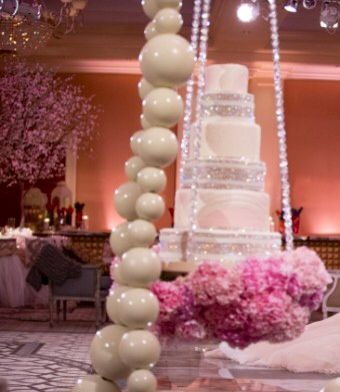 Cake Hanging From Ceiling Wedding Cakes Wedding Party Wedding