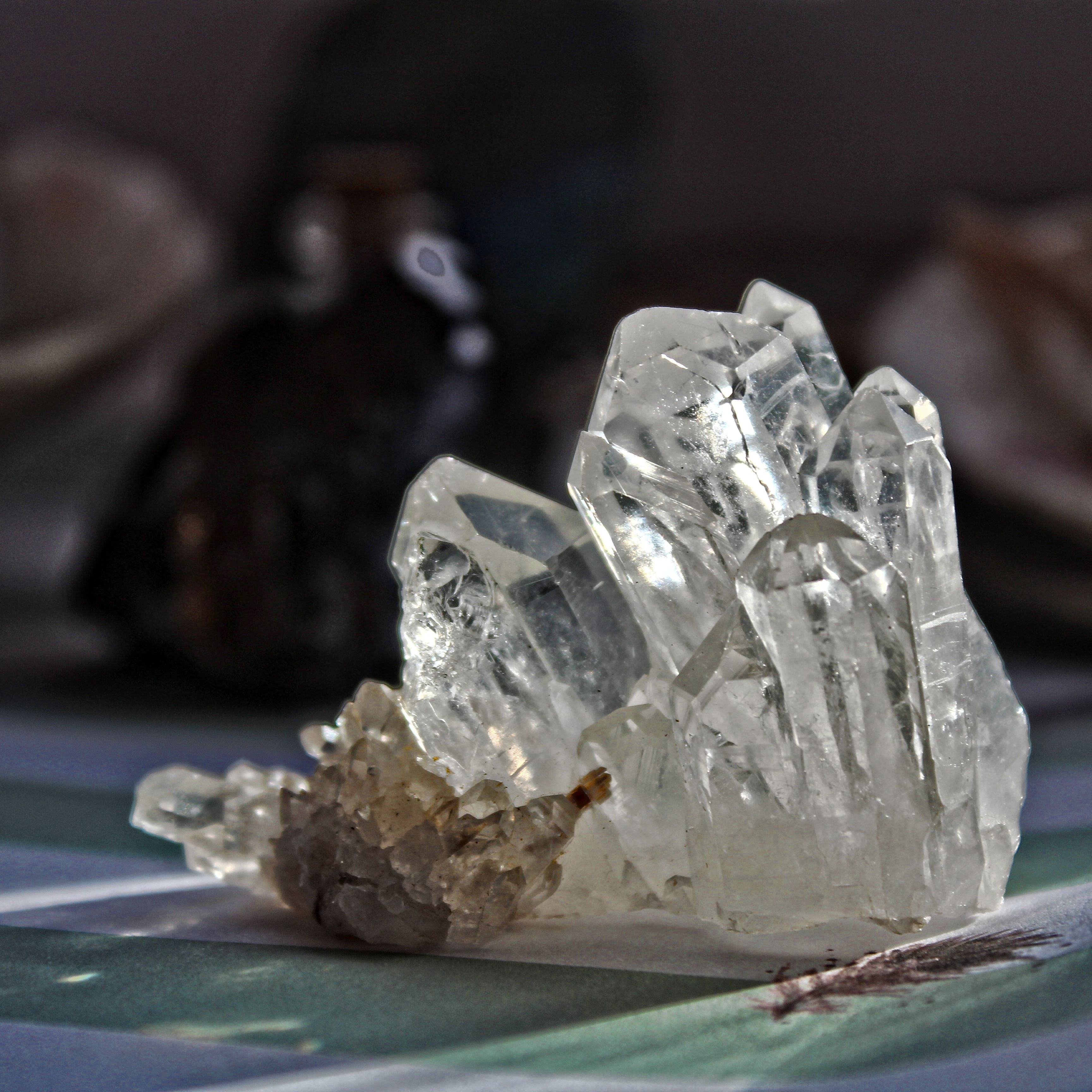 Pin by Spiritual Wake on crystals | Quartz cluster Stones ...