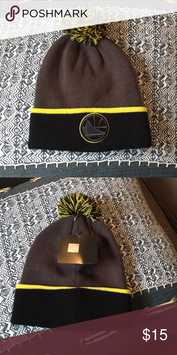 "new concept 214c3 8bd92 Golden State Warriors beanie NWT Unisex Gray and black with gold trim ""The  city"" logo NBA Accessories Hats"