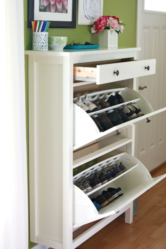 Our simplest shoe organizing tricks inspiraci n para for Gabinete de zapatos para la entrada