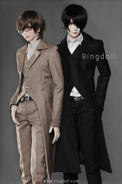 Not really lolita, but still sophisticated classical men's fashion