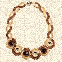Necklace of beads and Rivoli - click thru for the tutorial - in Russian