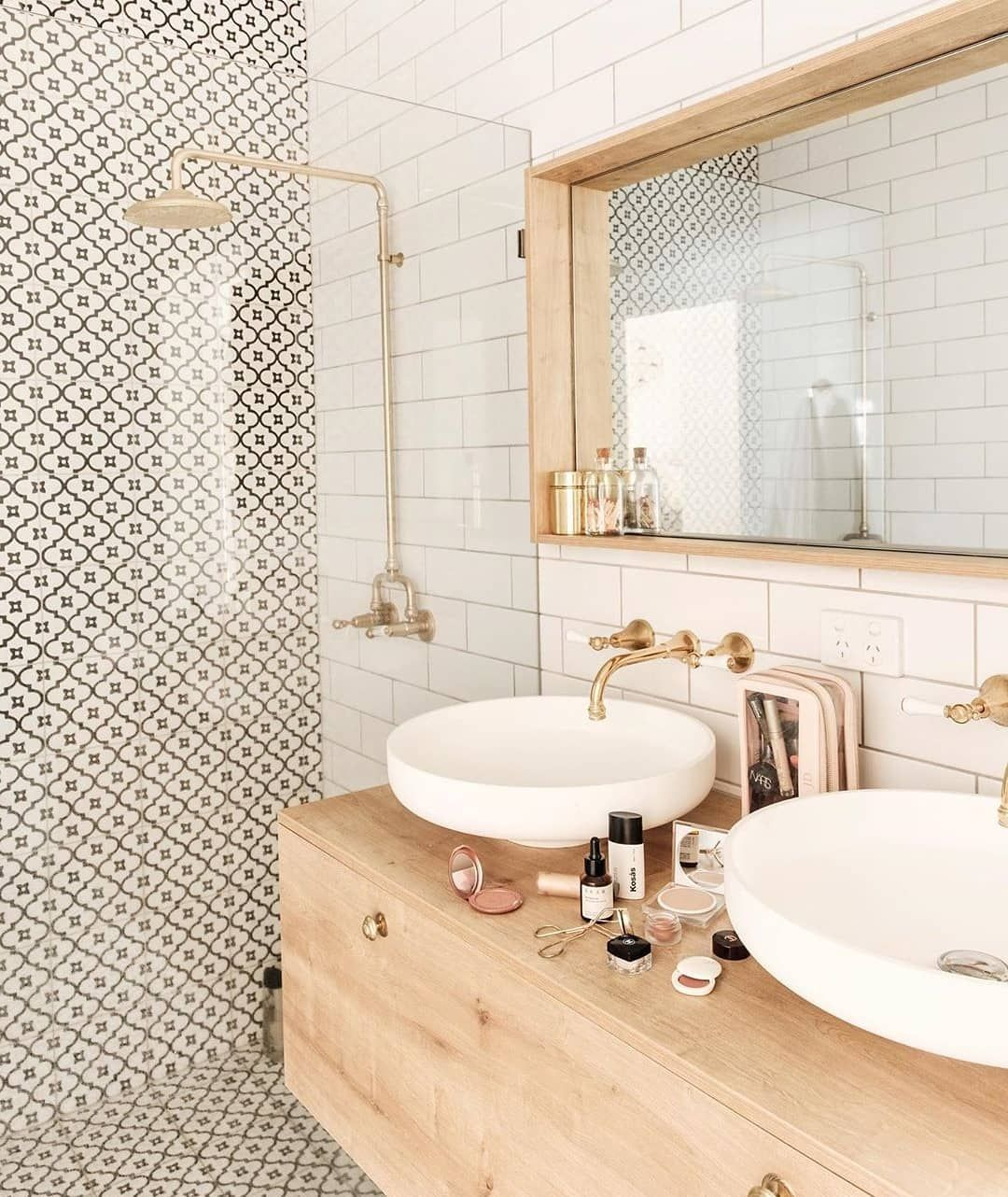 Autumn Design Styling On Instagram I Ve Got A Lineup Of Super Exciting Projects On My Docket S Bathroom Style Bathroom Interior Design Bathroom Interior