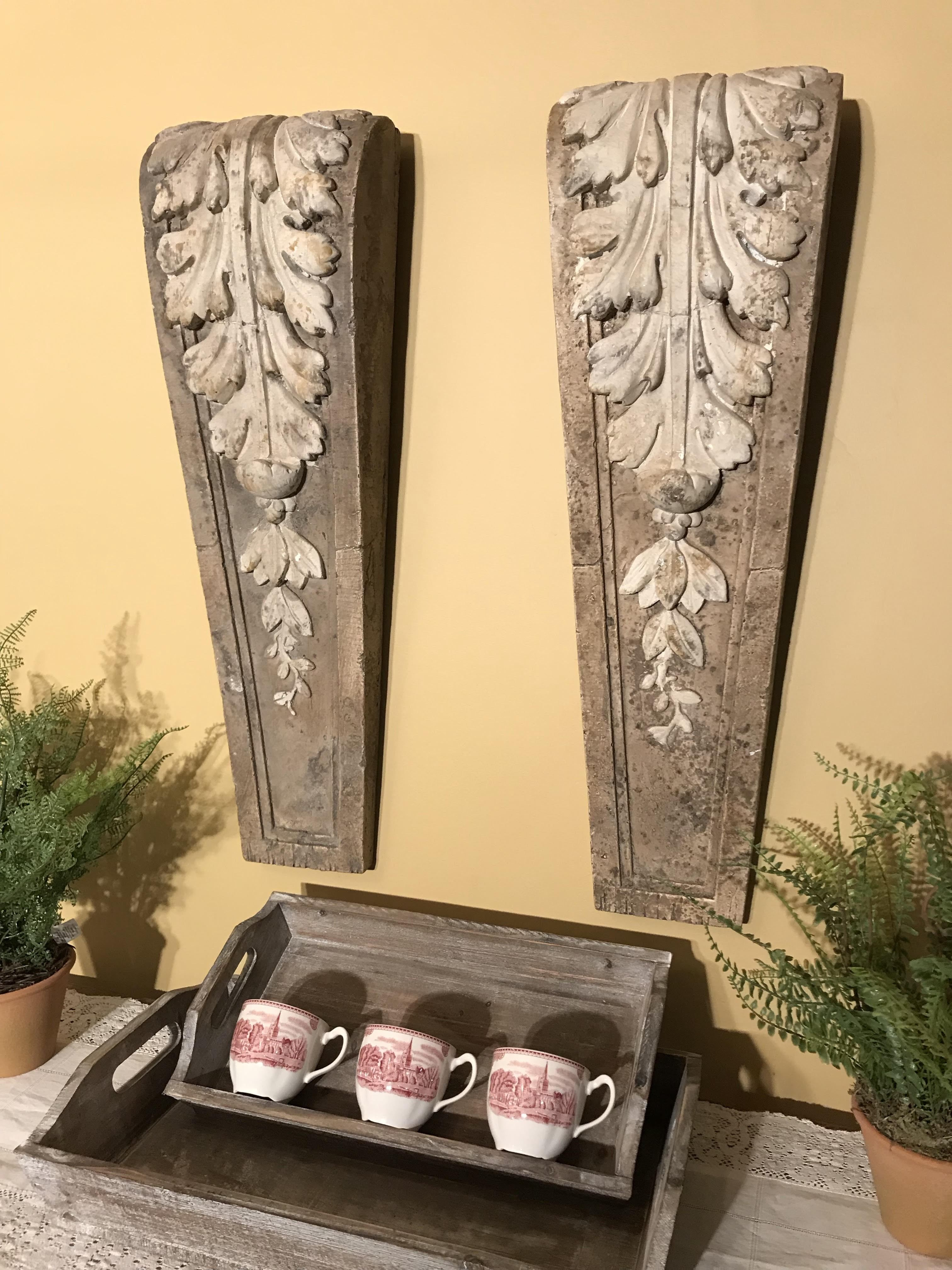 Acanthus Leaf Corbel Relic Wall Decor | Products