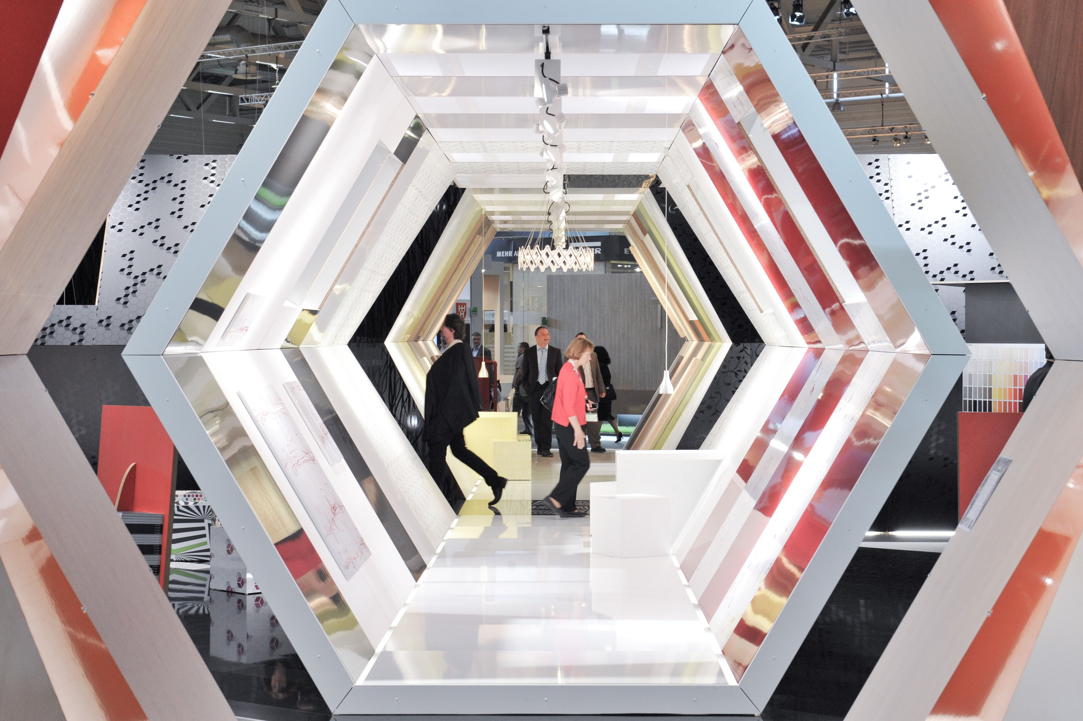 cool tunnel effect exhibit tradeshow events expo and booth design pinterest booth design. Black Bedroom Furniture Sets. Home Design Ideas