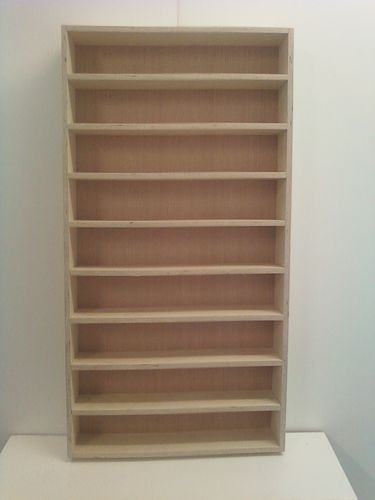 1/24 & 1/25 Diecast and model car display case shelf. Will hold up to 18 cars.