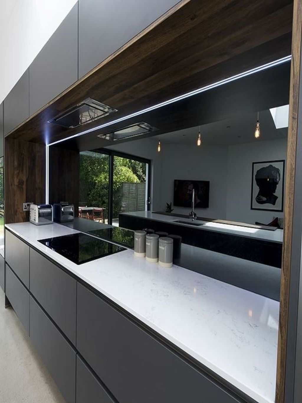 18 The Best Kitchen Mirror Ideas For Remodeling Your Kitchen en