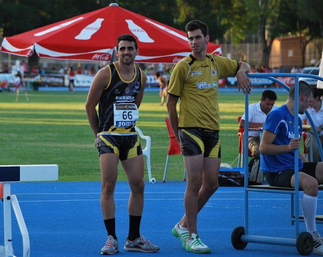 Recuerdos Año 2012 Atletismo 10239 Miguel ángel Sancho Rubio 2 17 Y Jorge Debón Gil 2 13 Fueron Los Dos Primeros En Salto De Altura Atletismo Saltos