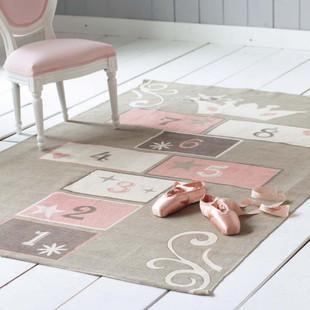Tapis Enfant Marelle En Coton Gris Et Rose 120x180 Maisons Du Monde Tapis Rose Et Gris Tapis Enfant Tapis Marelle