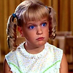 Netflix Is Ditching Five Star Ratings In Favor Of A Thumbs Up The Brady Bunch Brady Kids Brady