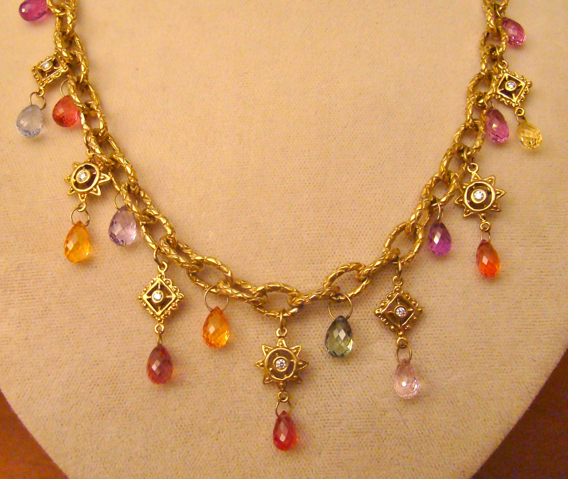 briolette coloured en necklace cts bukowskis photo sapphire cut multi auctions fullsize a tot