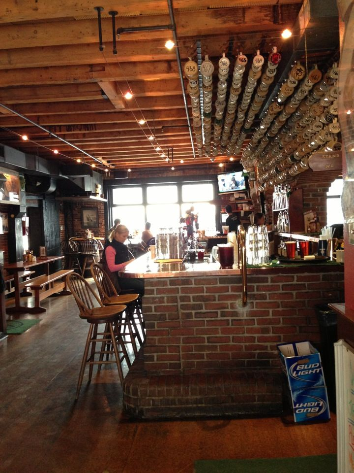 One Of Maine S First Brew Pubs Gritty Mcduffs Is A Local Staple Vegetarian