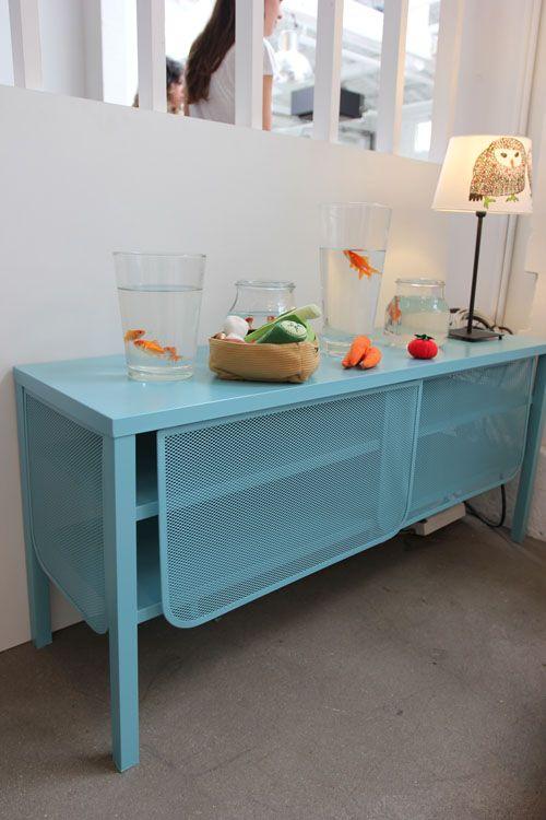 Territoires A Partager La Nouvelle Collection D Ikea Ikea Mobilier De Salon Buffet Meuble