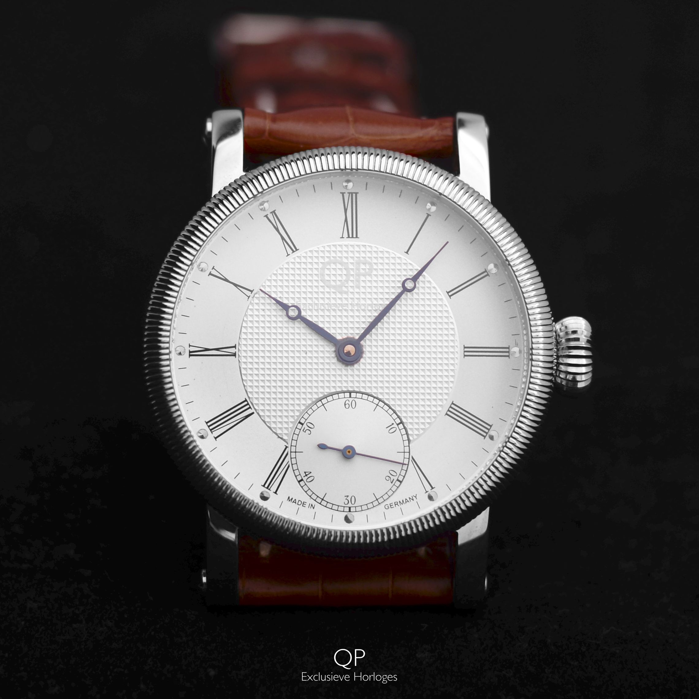 detail in china buy custom quartz made watches product