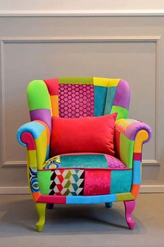 Ses Couleurs Juteuses Chaise Patchwork Par Juicycolorsshop Sur Etsy Patchwork Chair Funky Chairs Upholstered Furniture