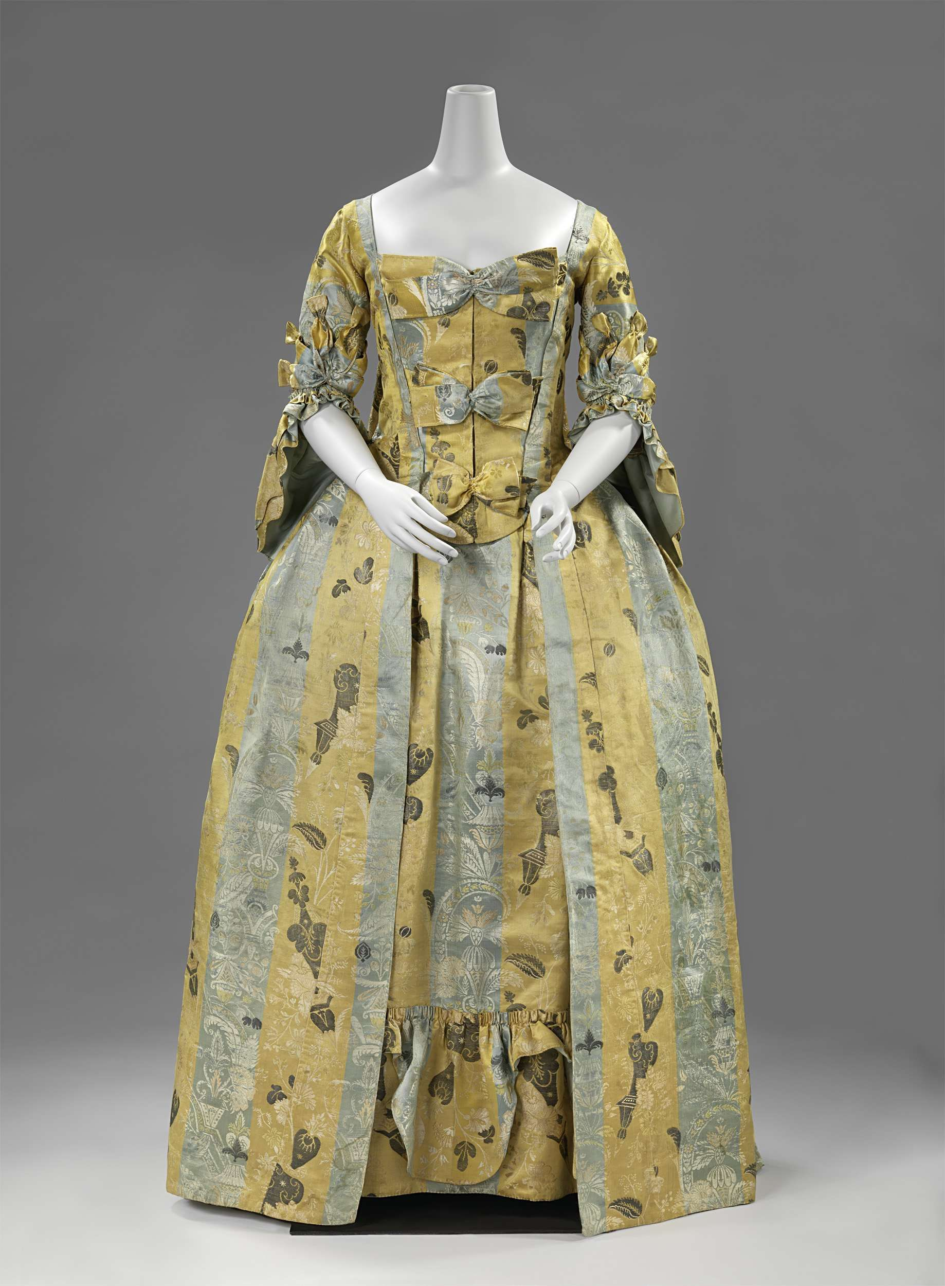 1715-1720 Gown
