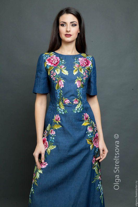 8c7359497f7 Платья ручной работы. Ярмарка Мастеров - ручная работа. Купить Голубое  джинсовое платье с вышивкой гладью