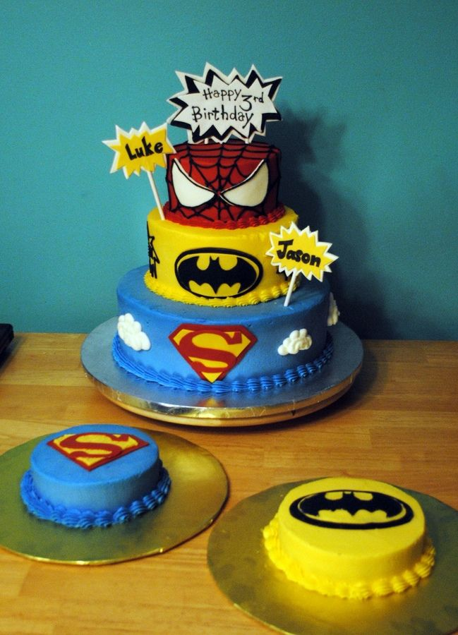 how to make a tiered superhero cake