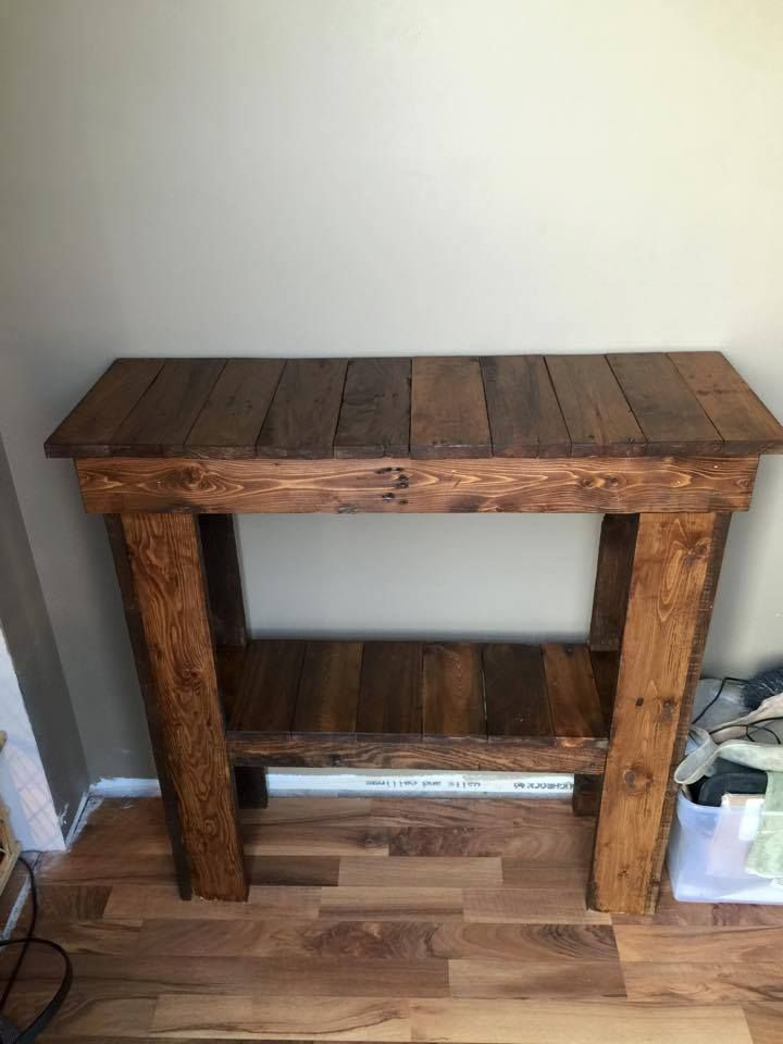 15 Entrance Hall Table Styles To Marvel At: Pallet Entry #Console #Table