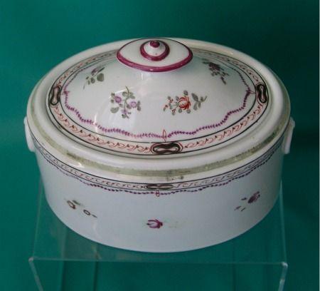 Antique Spode China | Spode bone-china Sugar Box and cover c.1800-1805