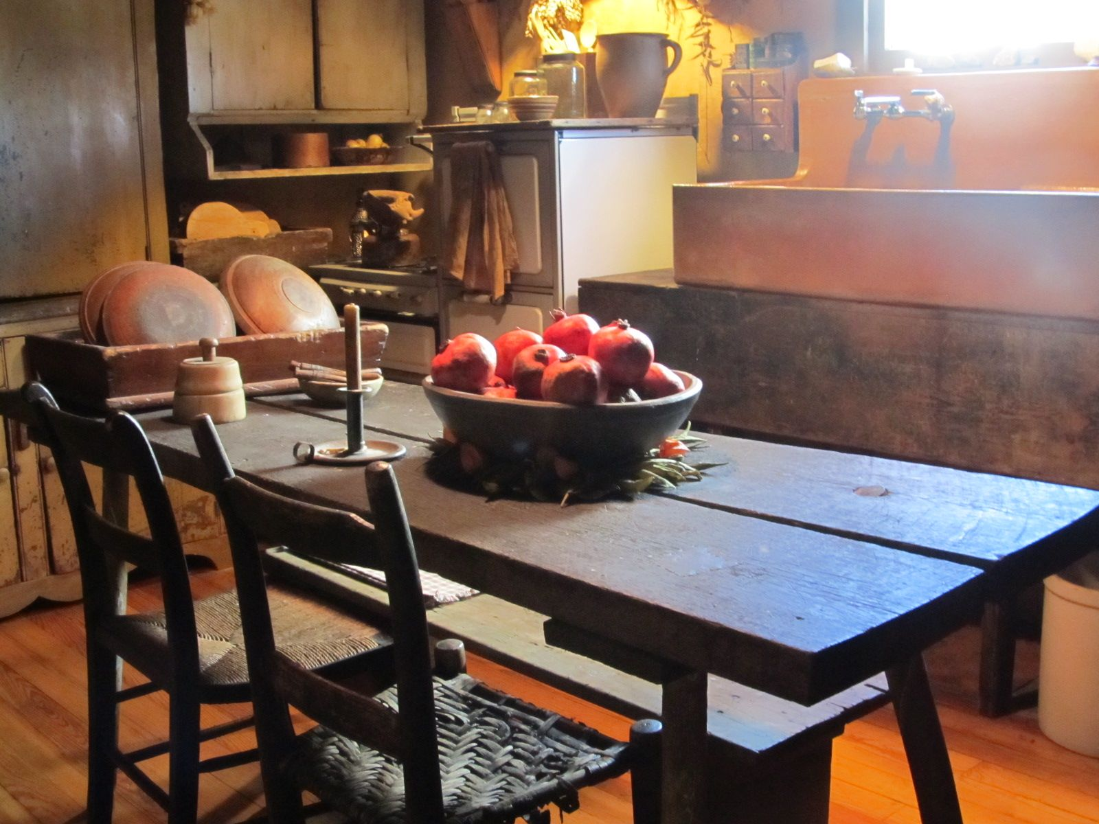 pin by connie batten on primitive colonial kitchens pinterest
